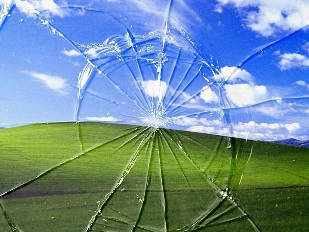 Amazing Cracked Screen Wallpaper 1024x768PX Crack