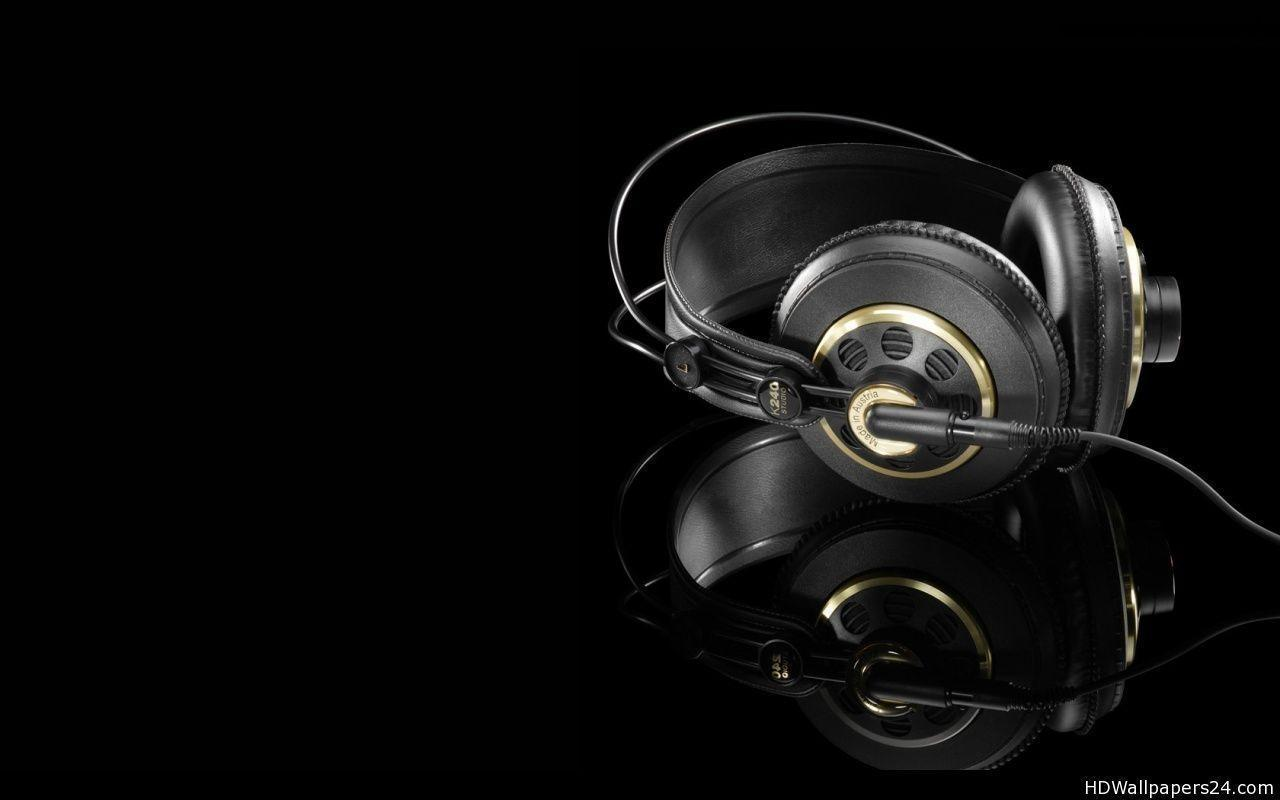 Download Dj Headsets Made Austria Wallpapers