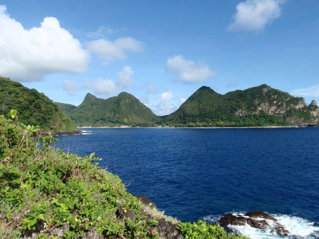 Tropical Hideaway on Beach Samoa HD desktop wallpaper : Widescreen ...