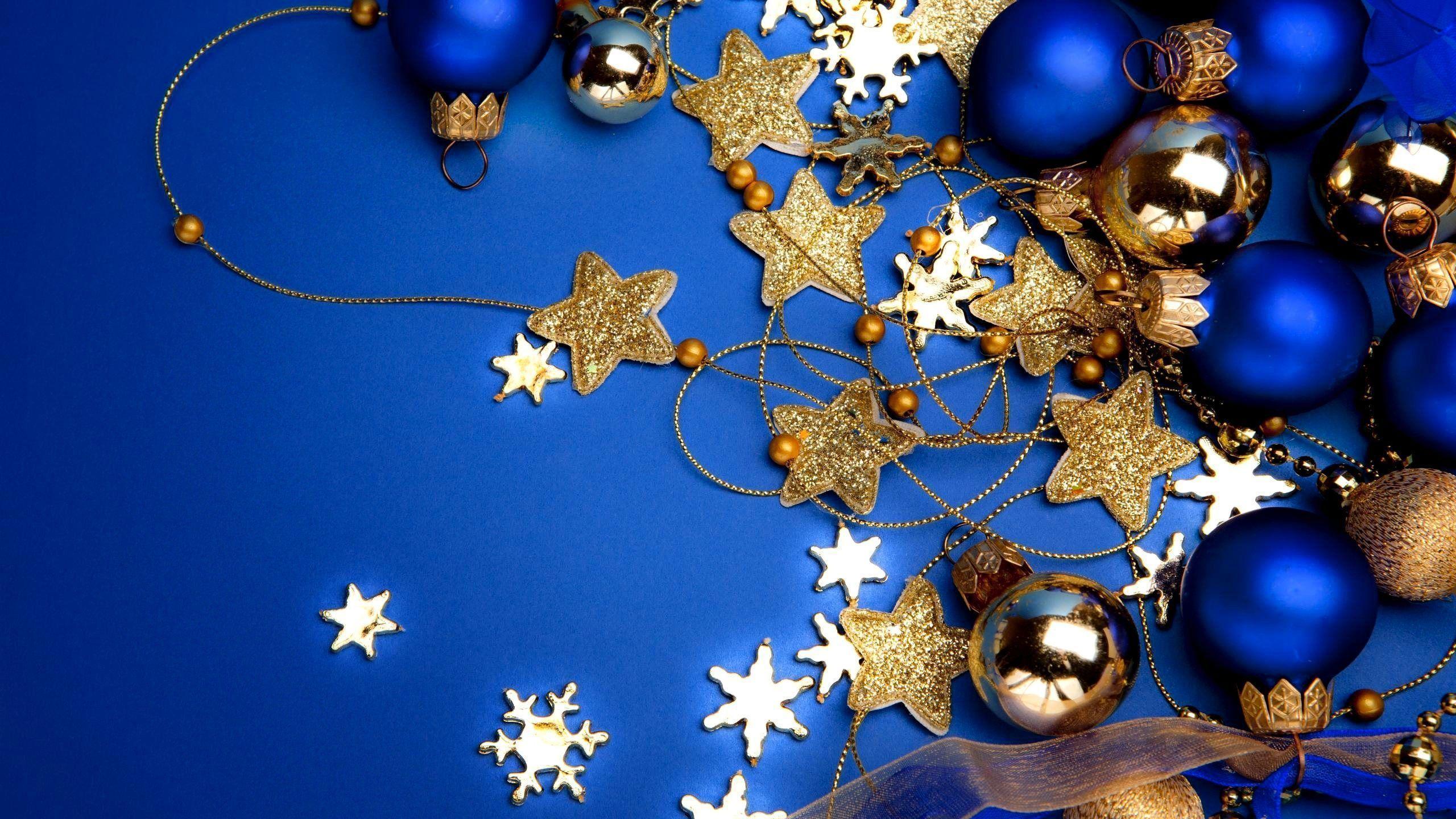 Christmas decorations Wallpaper | High Quality Wallpaper