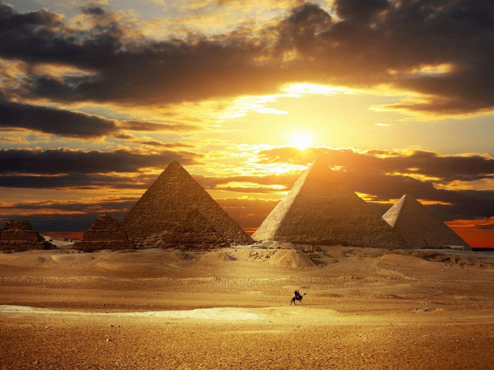 Egyptian Pyramid Wallpapers Wallpaper Cave