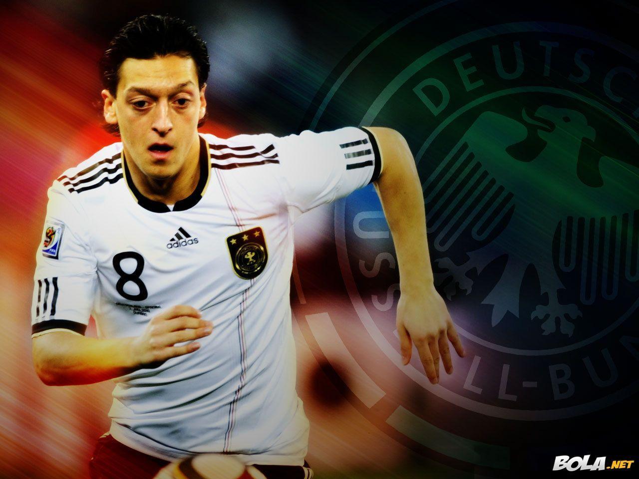 <b>Mesut Ozil Wallpaper</b> online