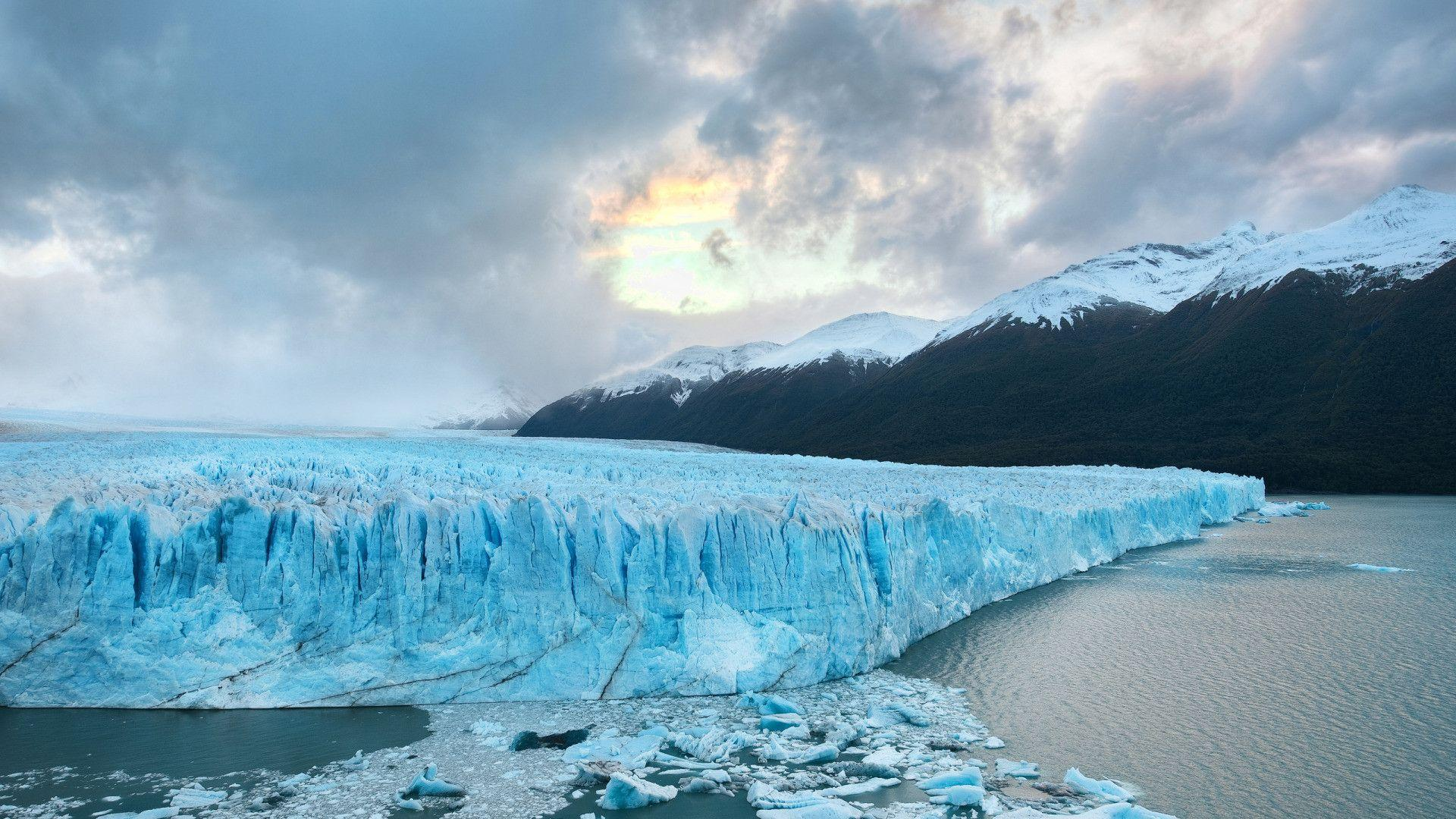 Deep into the Patagonia Glacier widescreen wallpapers