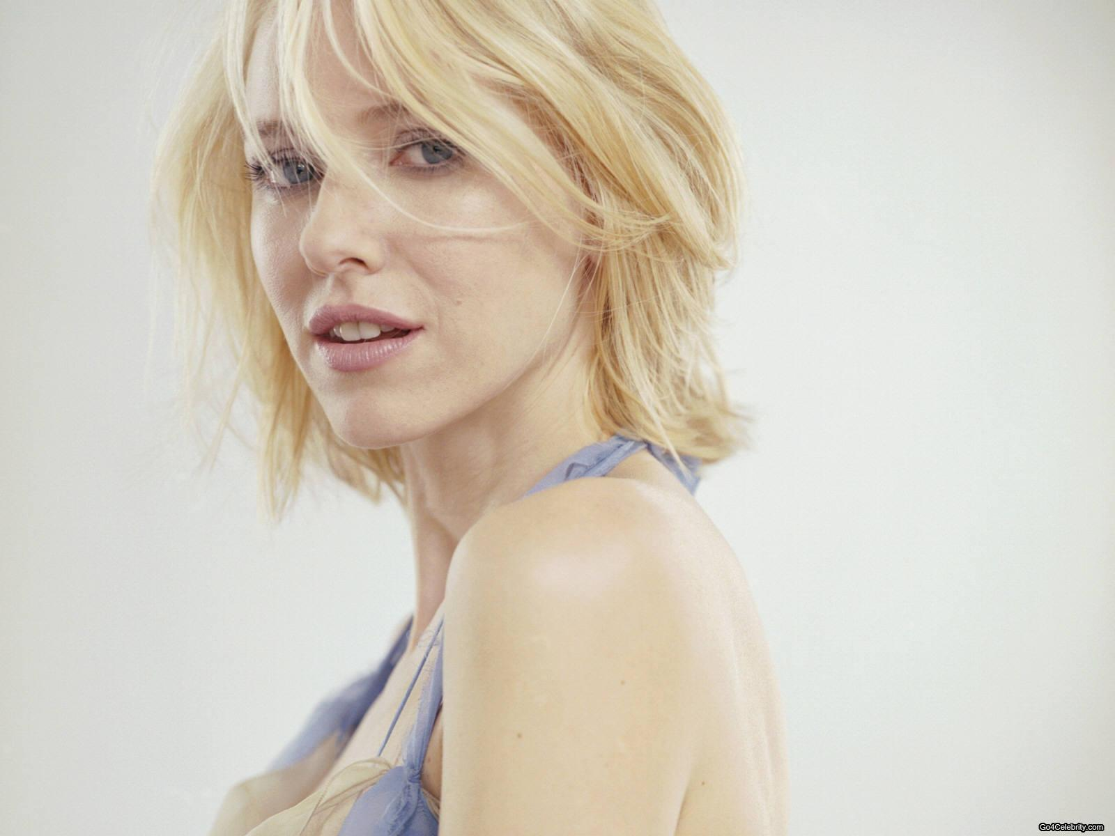 Naomi Watts Hot Wallpapers (1) | Hot Wallpaper