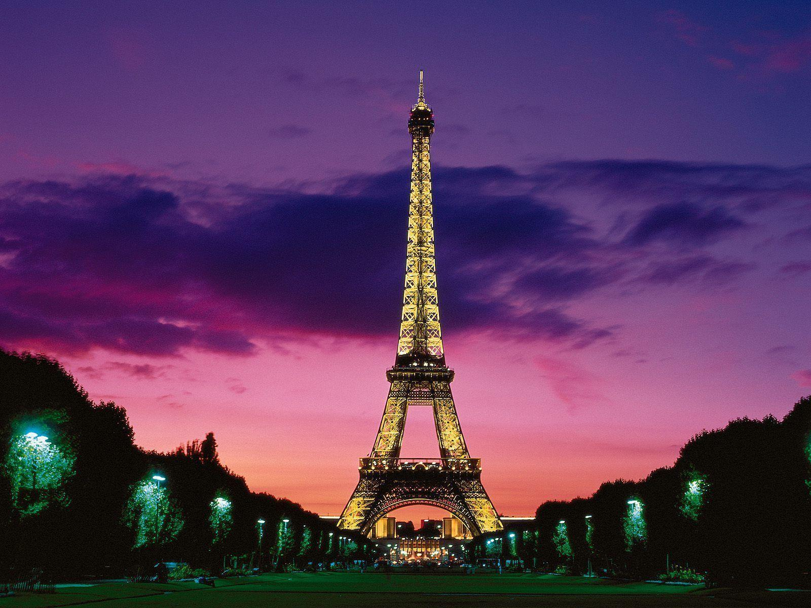 eiffel tower at night paris france wallpapers hd wallpapers