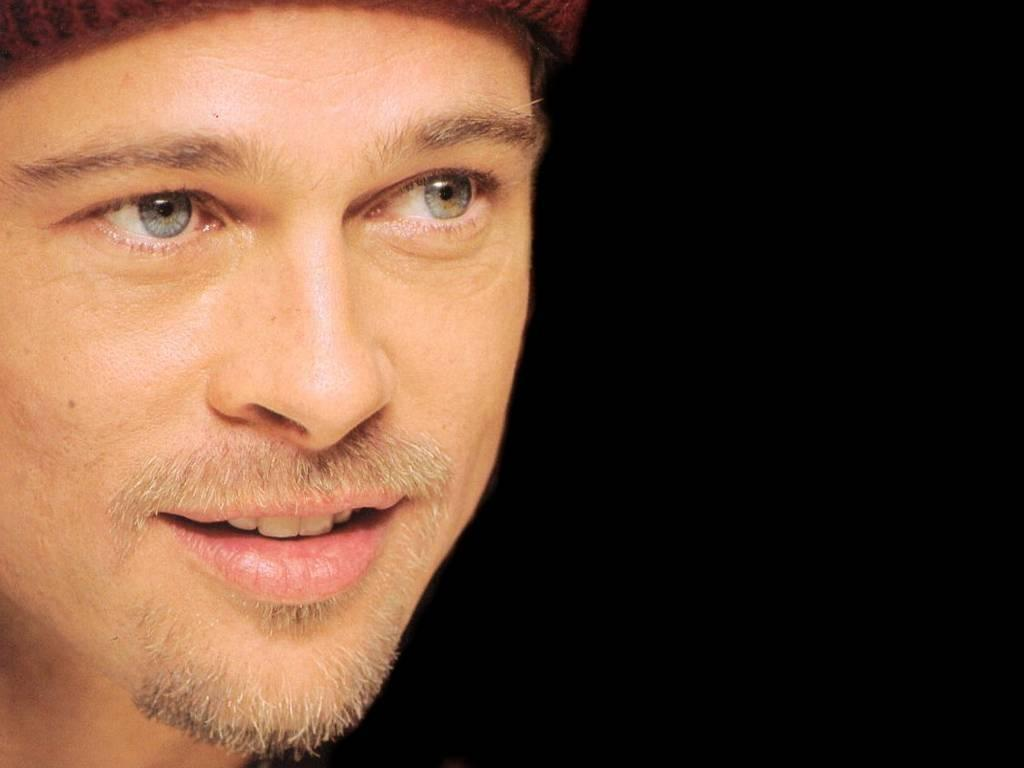 Brad Pitt High Resolution Wallpaper - Celebrities Powericare.