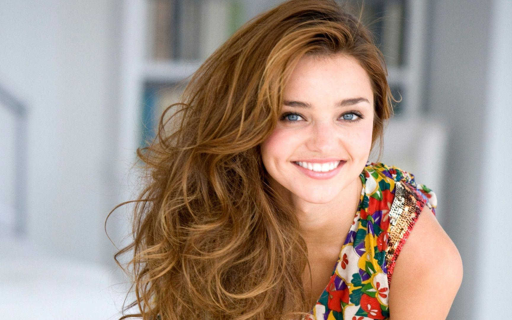 Miranda Kerr Wallpaper: Cute Miranda Kerr Hd Wallpapers