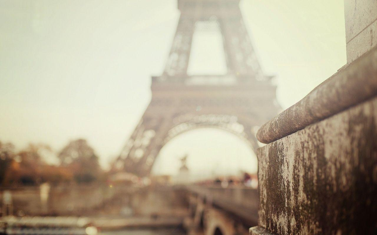 1280x800 Foggy Day In Paris desktop PC and Mac wallpapers