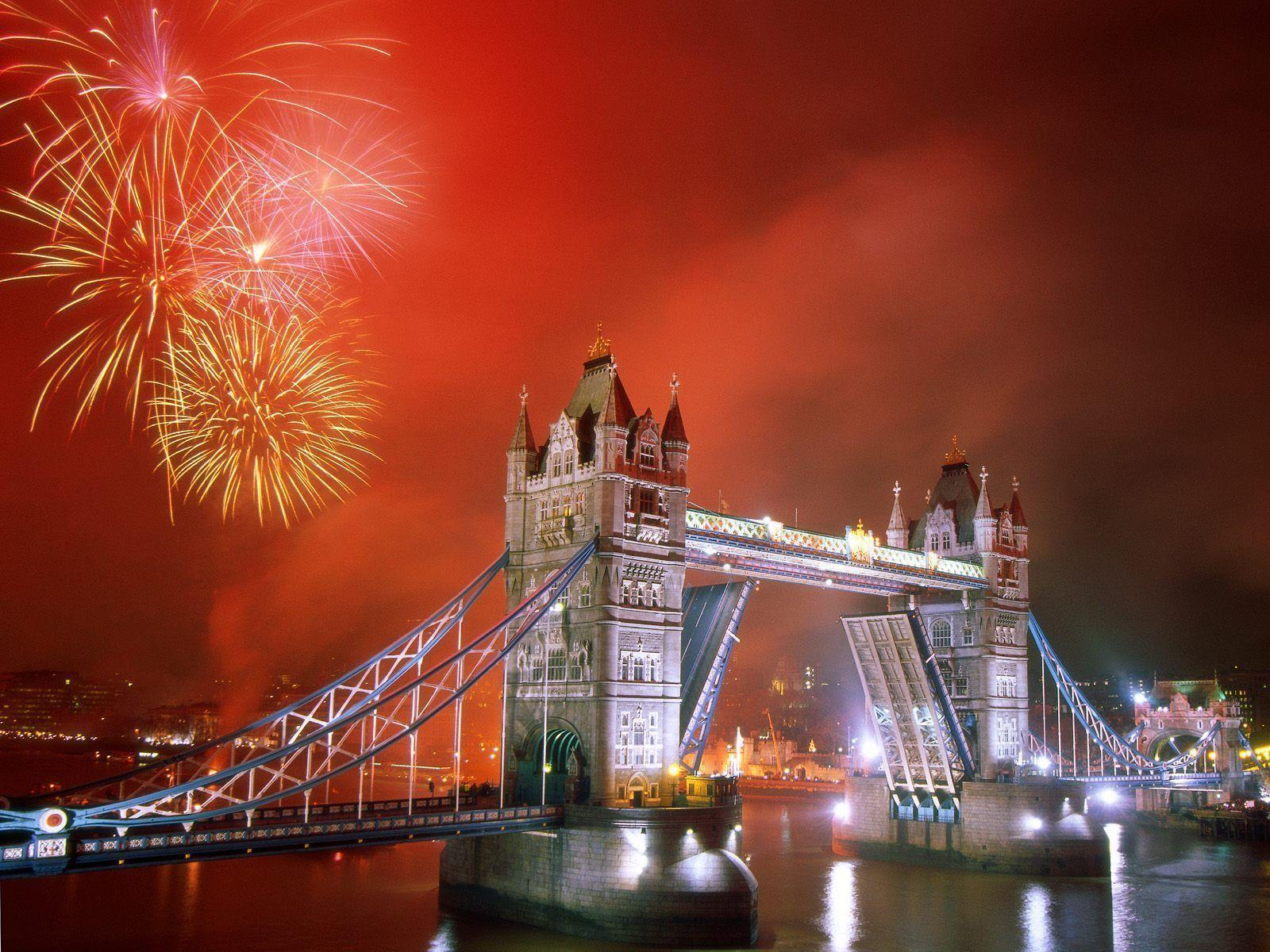 Light up the Night, Tower Bridge, London, England Wallpapers