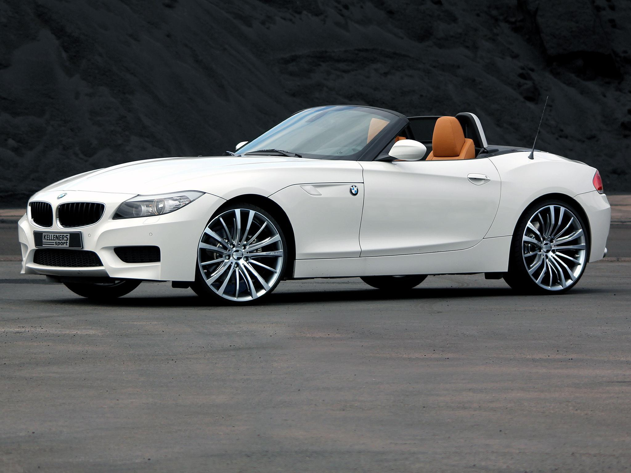 HD New BMW Z4 2011 Car Wallpaper