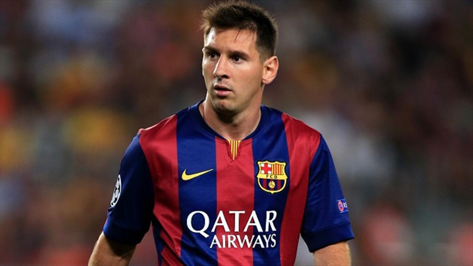 Lionel Messi Amazing Skills & Goals 2015