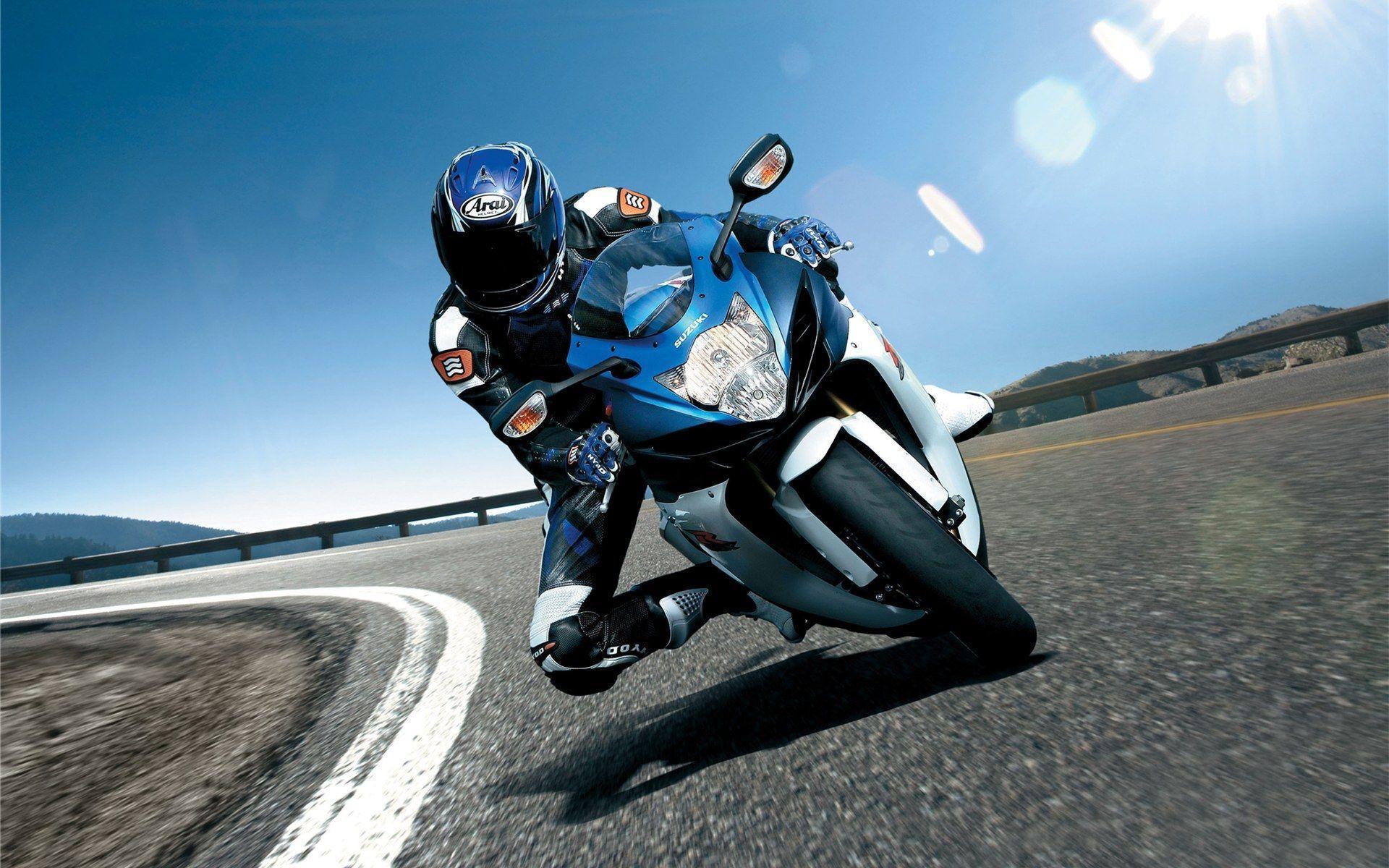 Images For > Suzuki Gsxr 750 Wallpaper