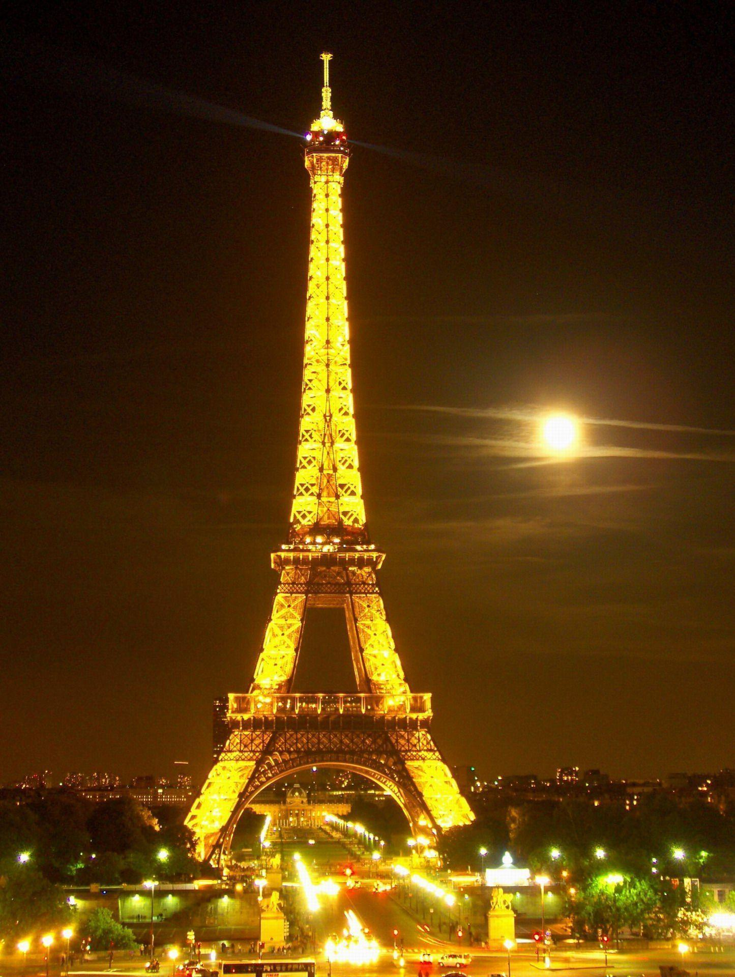 Hd wallpaper eiffel tower - The Eiffel Tower In A Moonlit Night France Hd Travel Photos And