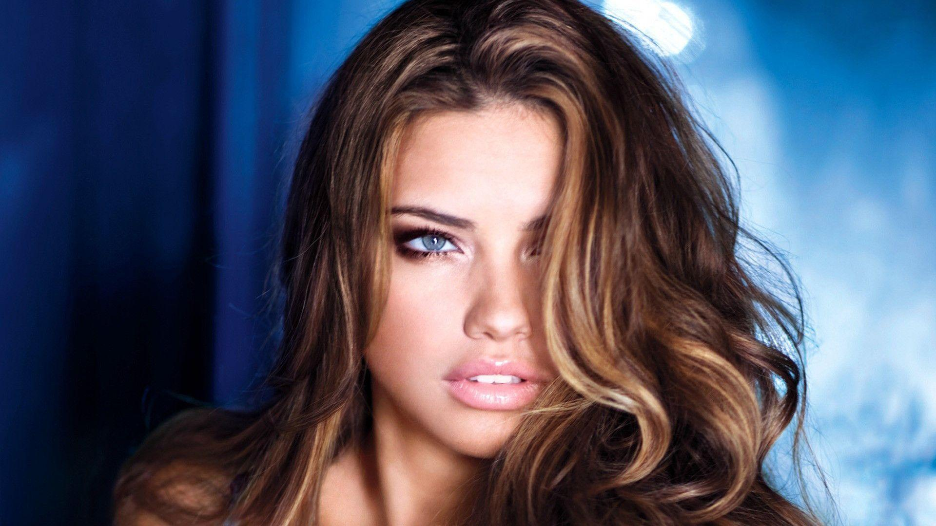 Adriana Lima HD Wallpapers | Movie HD Wallpapers