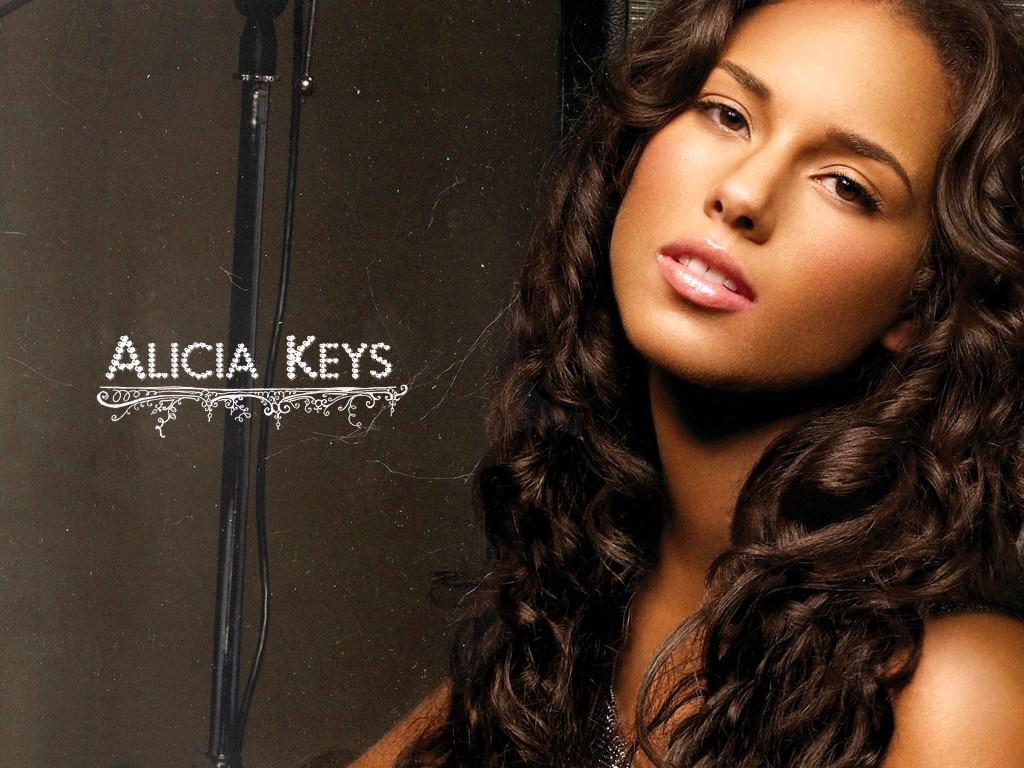 Alicia Keys Photo Wallpaper | PicsWallpaper.