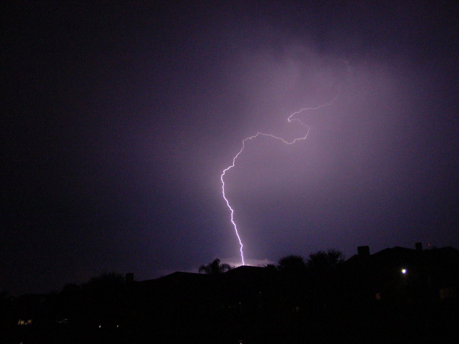 lightning strike wallpaper - photo #28
