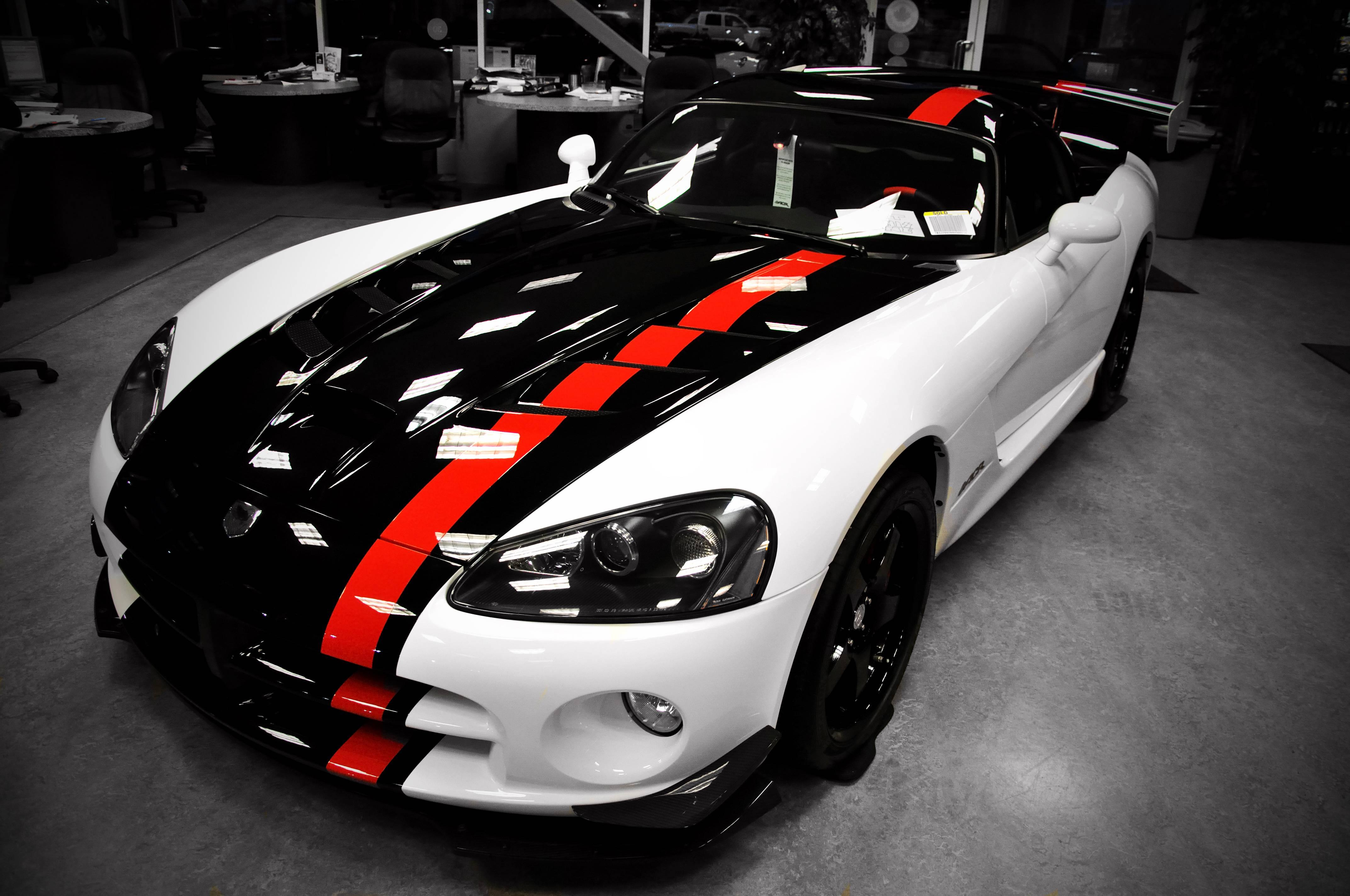 Black White Dodge Viper Tuning Car 1 Wallpaper | Background Download