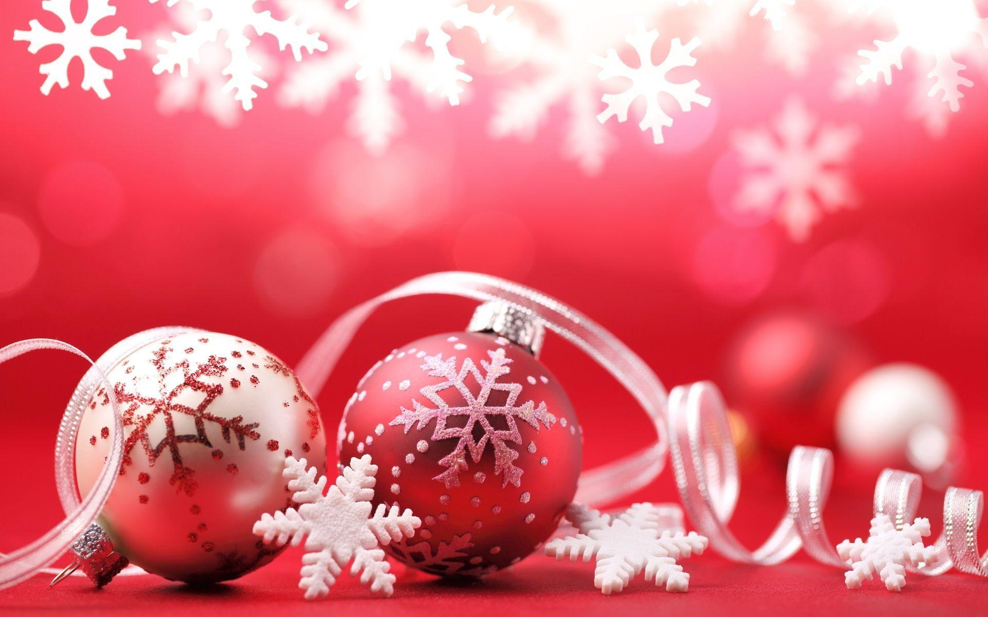 Wallpapers For > Pink Christmas Ornaments Wallpaper