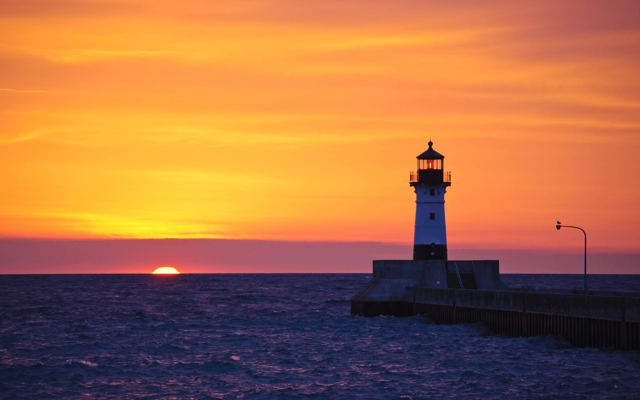 lighthouse in duluth minnesota desktop wallpapers free on latoro com