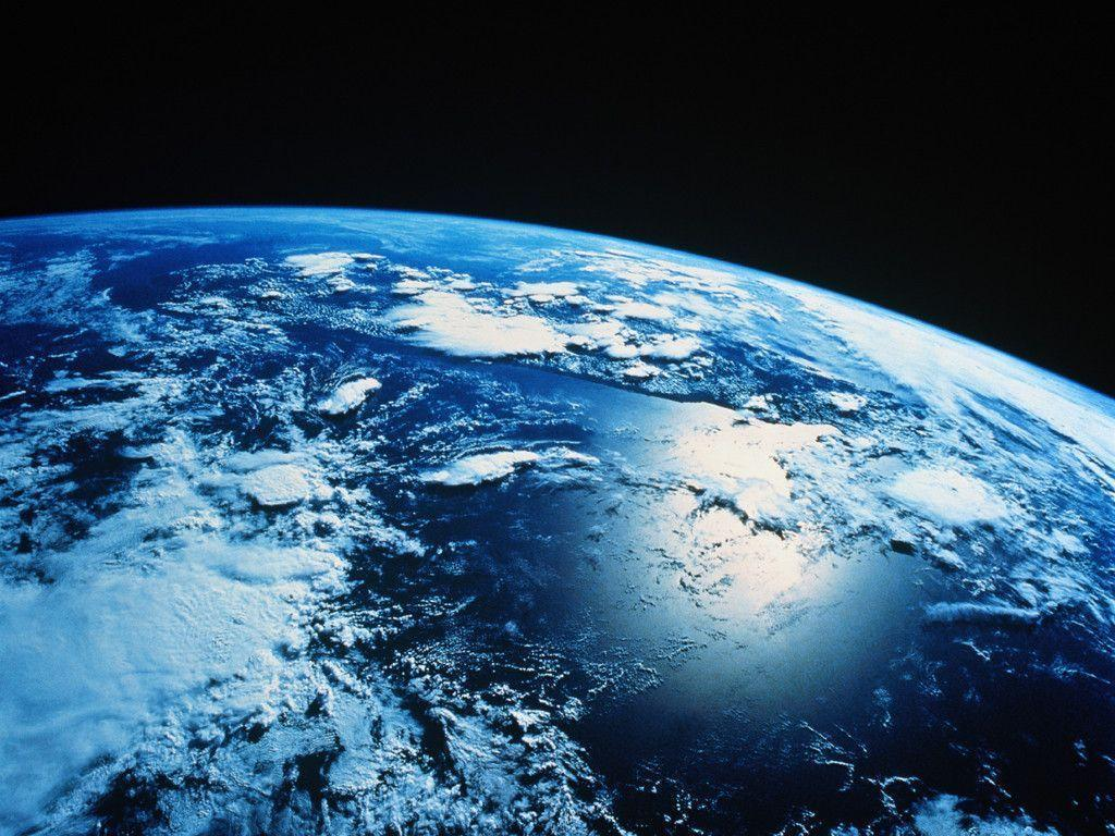 Laptop Wallpapers Free: Earth Wallpapers