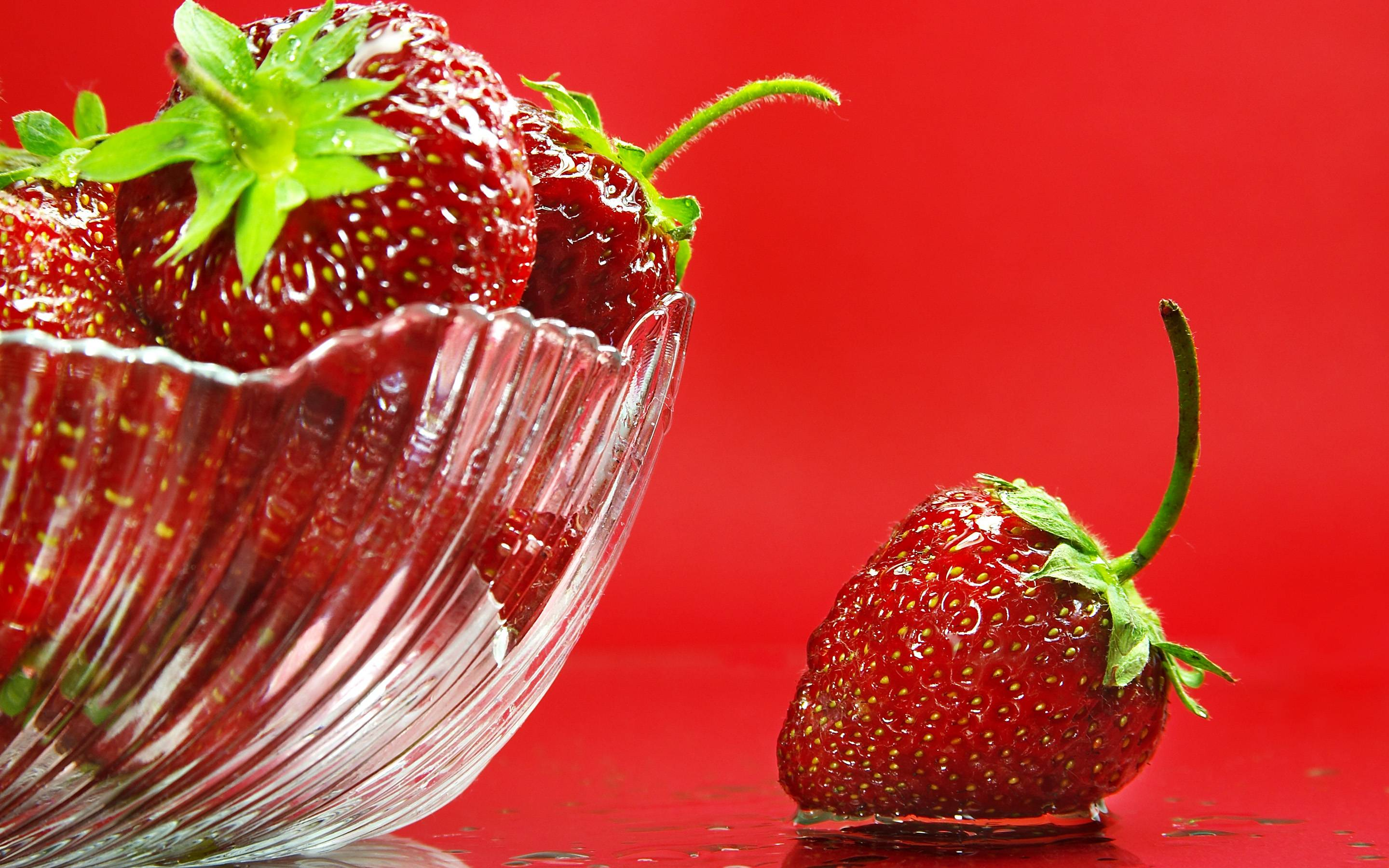 Strawberry Wallpapers - Wallpaper Cave