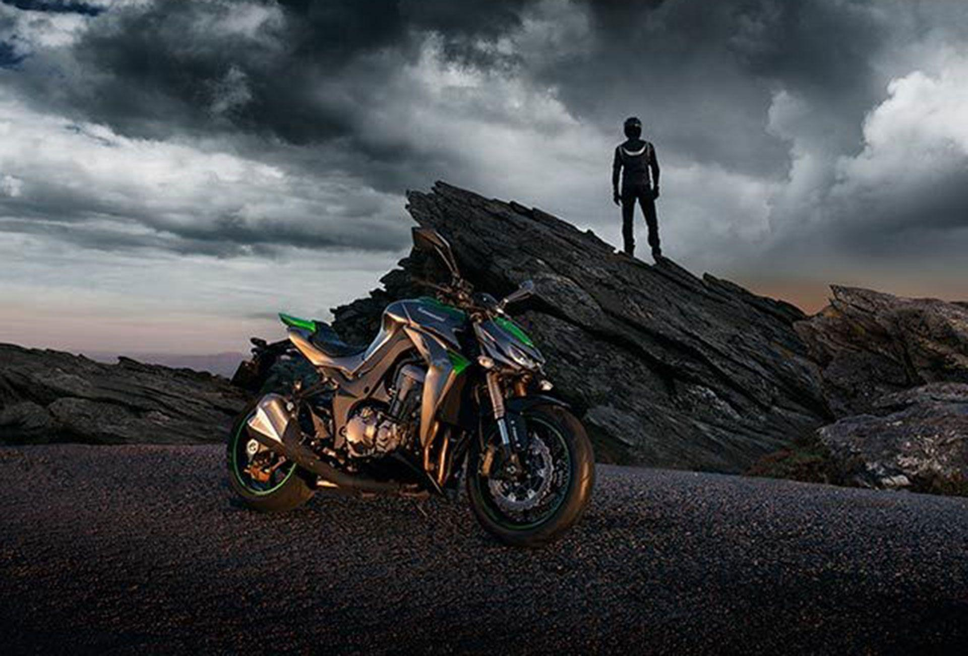 Kawasaki Z1000SX 2015 Wallpapers