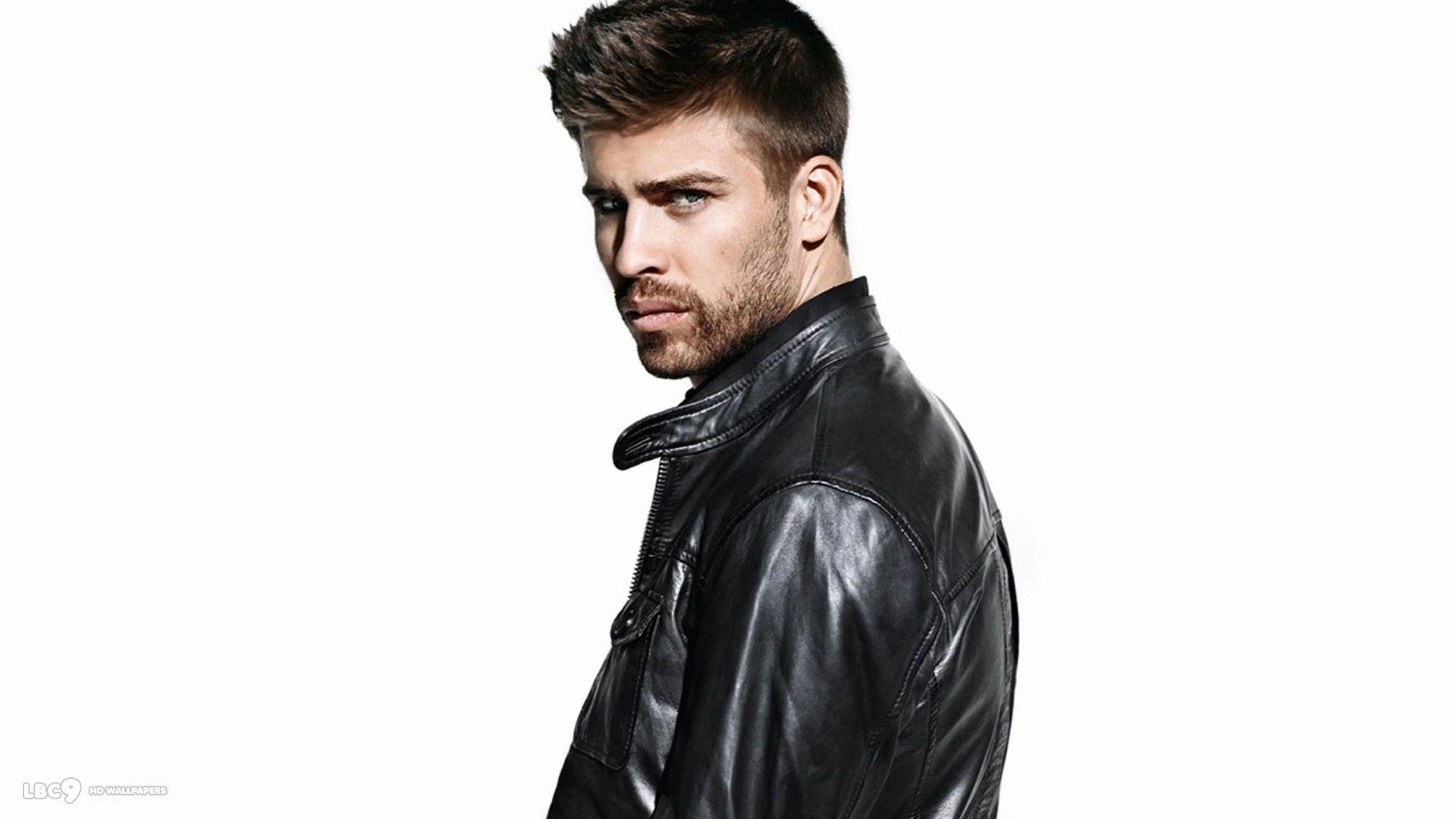 Gerard Pique Soccer player Pictures and Wallpapers
