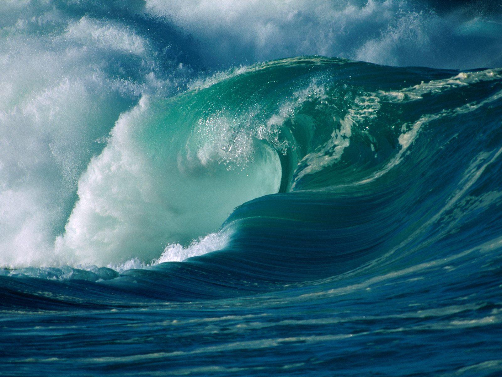 Tsunami wave free desktop background - free wallpaper image