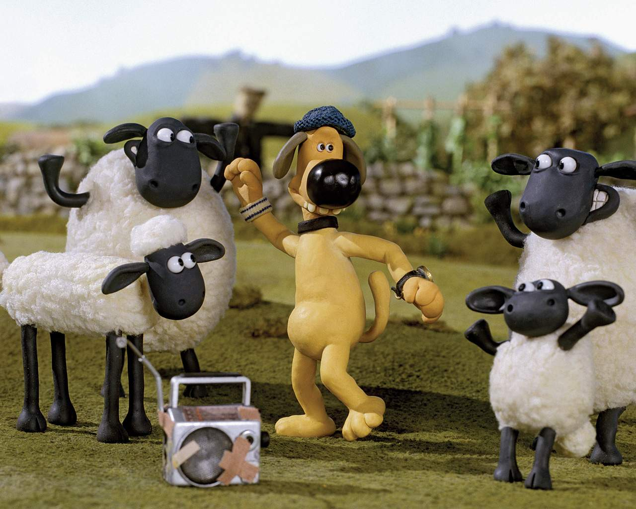 Shaun the Sheep Cartoon Wallpaper For Free