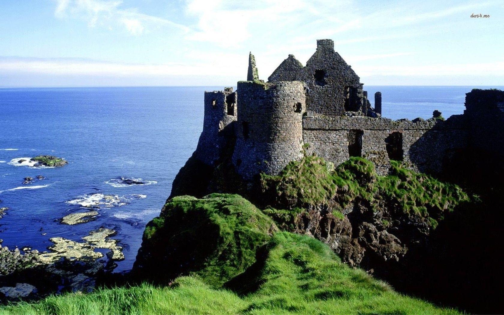 Dunluce Castle, Ireland wallpapers