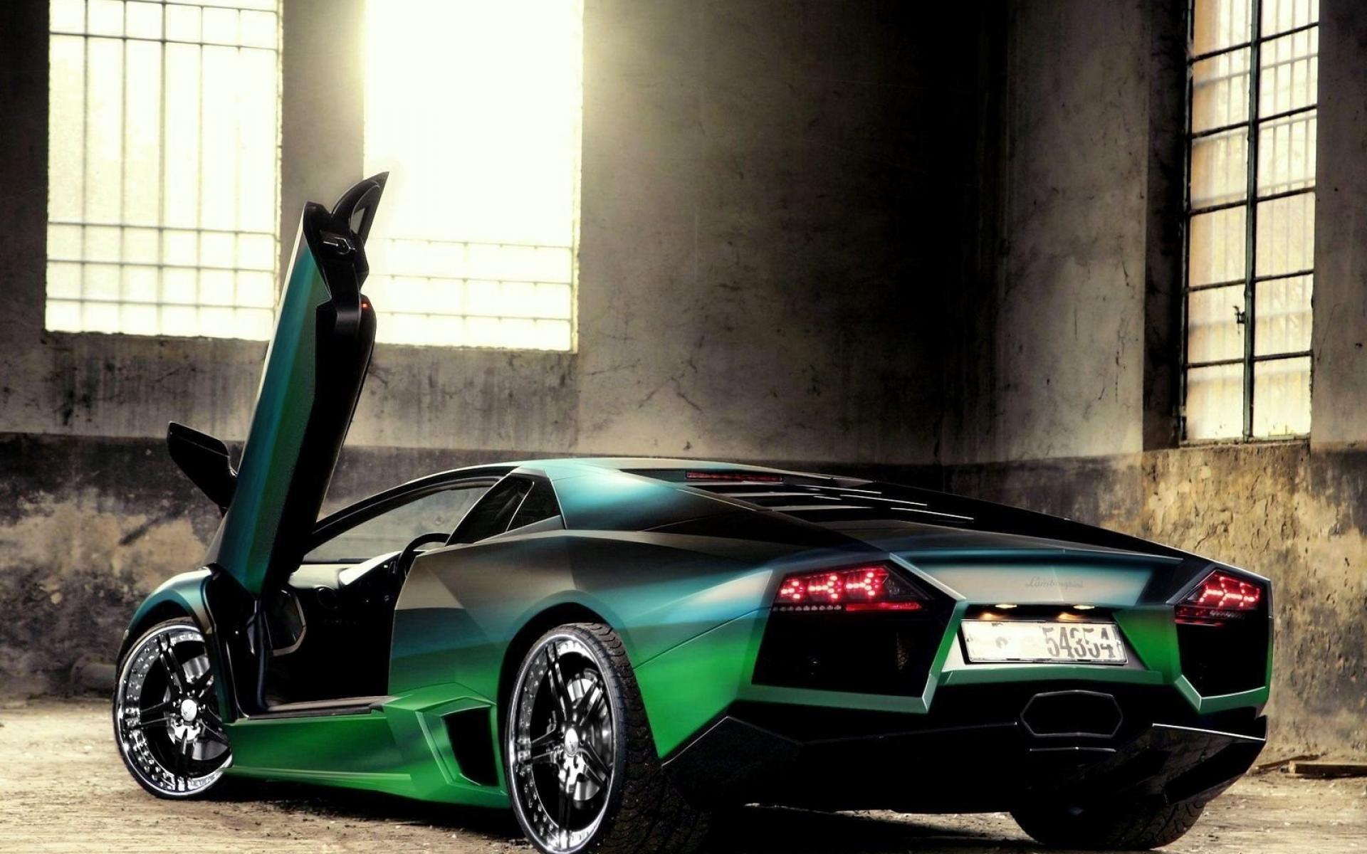 3d Wallpapers Lamborghini Wallpapers: Lamborghini Reventon Pictures Wallpapers