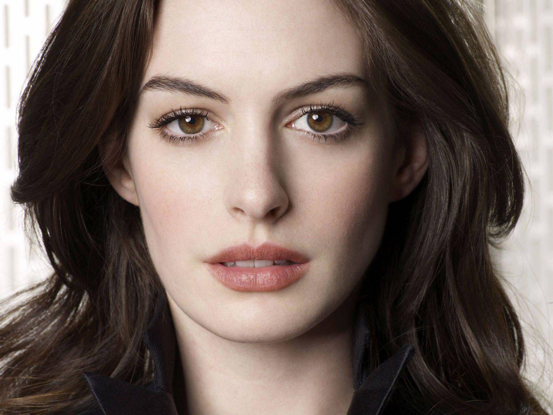 Anne Hathaway Wallpapers Wallpaper Cave