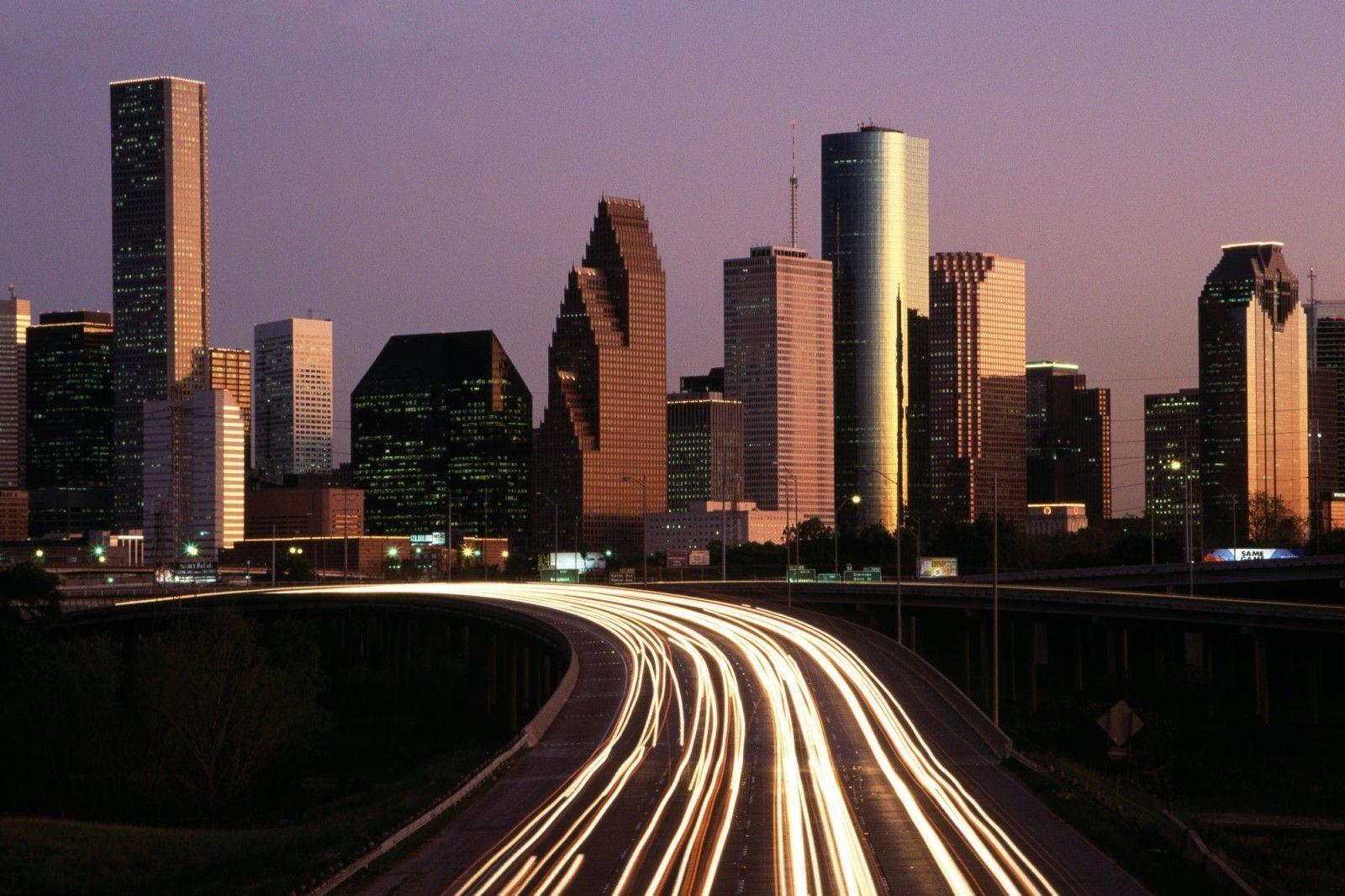 Houston skyline at night hd www galleryhip com the hippest pics