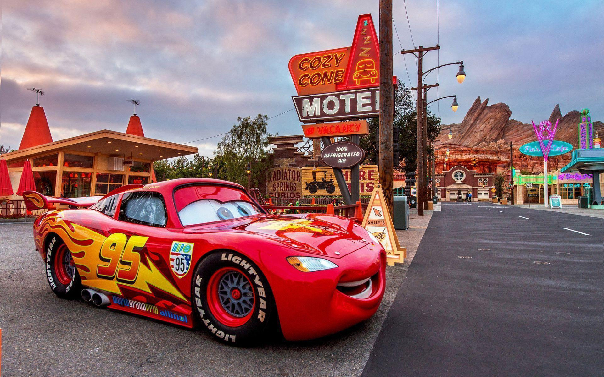 Wallpapers For Disney Cars Lightning Mcqueen Wallpaper