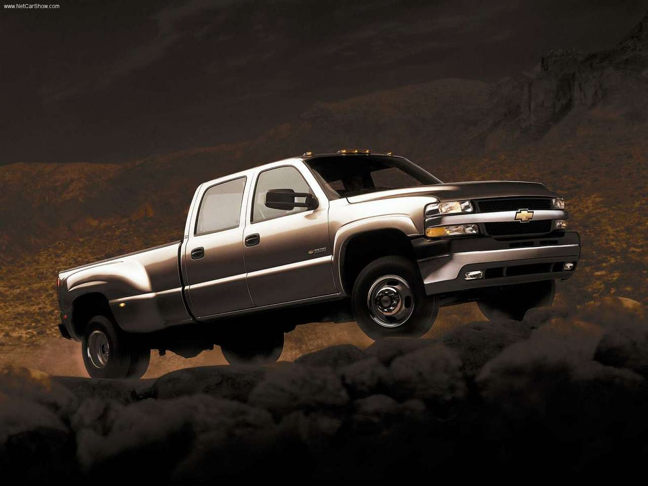 Chevrolet Silverado Wallpapers | HD Wallpapers Base