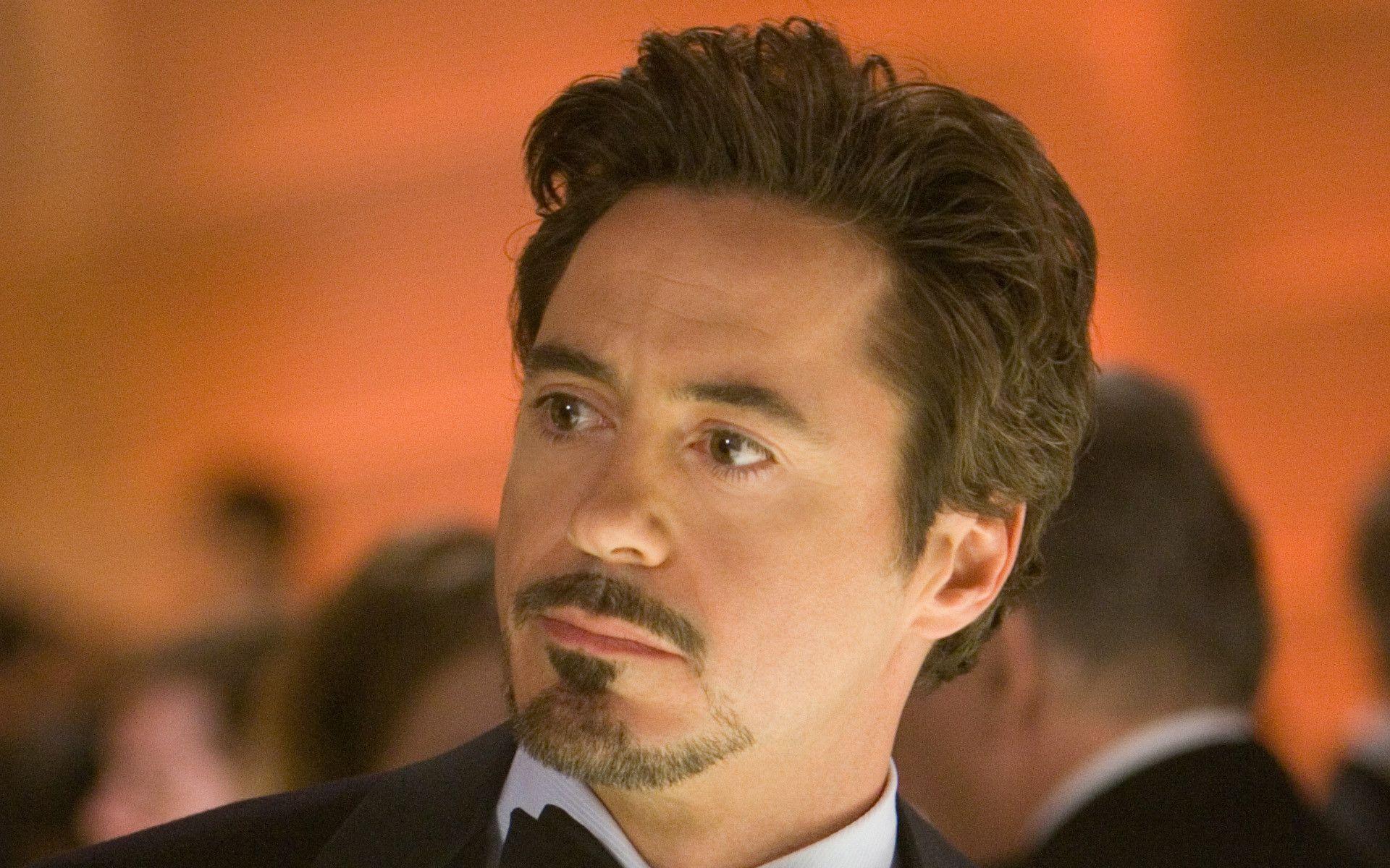 Images For > Robert Downey Jr Iron Man Avengers Wallpaper