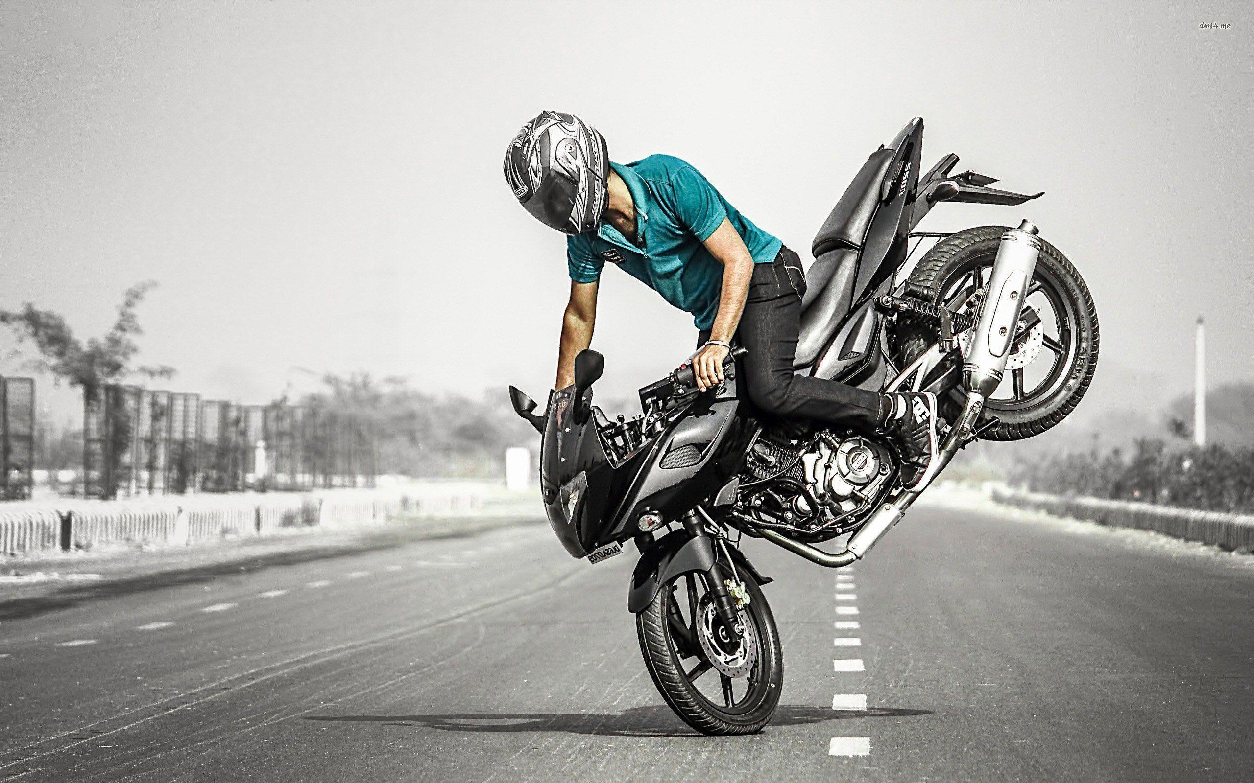 Blue Bike Stunt Hd Wallpaper: Stunt Bike Wallpapers