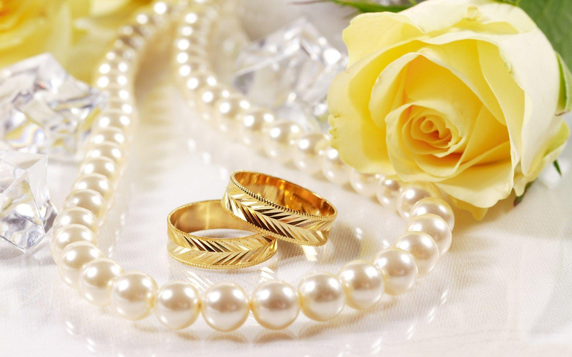 yellow rose ring and pearl new year wallpapers