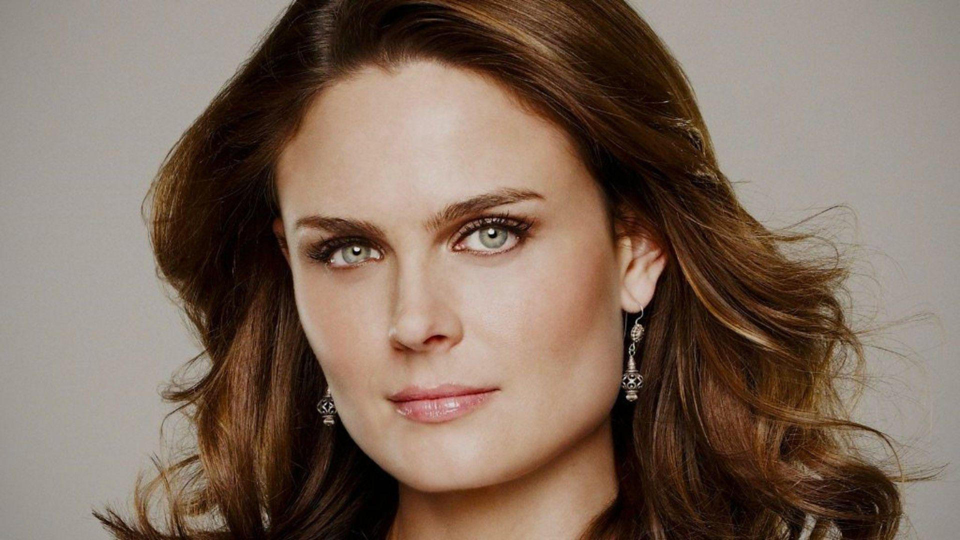 Emily Deschanel Wallpapers Wallpaper Cave
