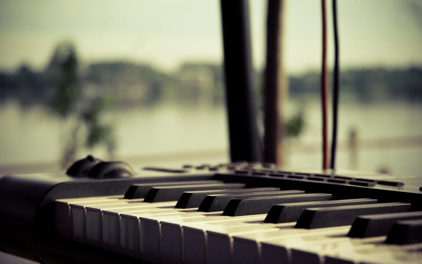 Piano Music Wallpaper: Synthesizer Wallpapers