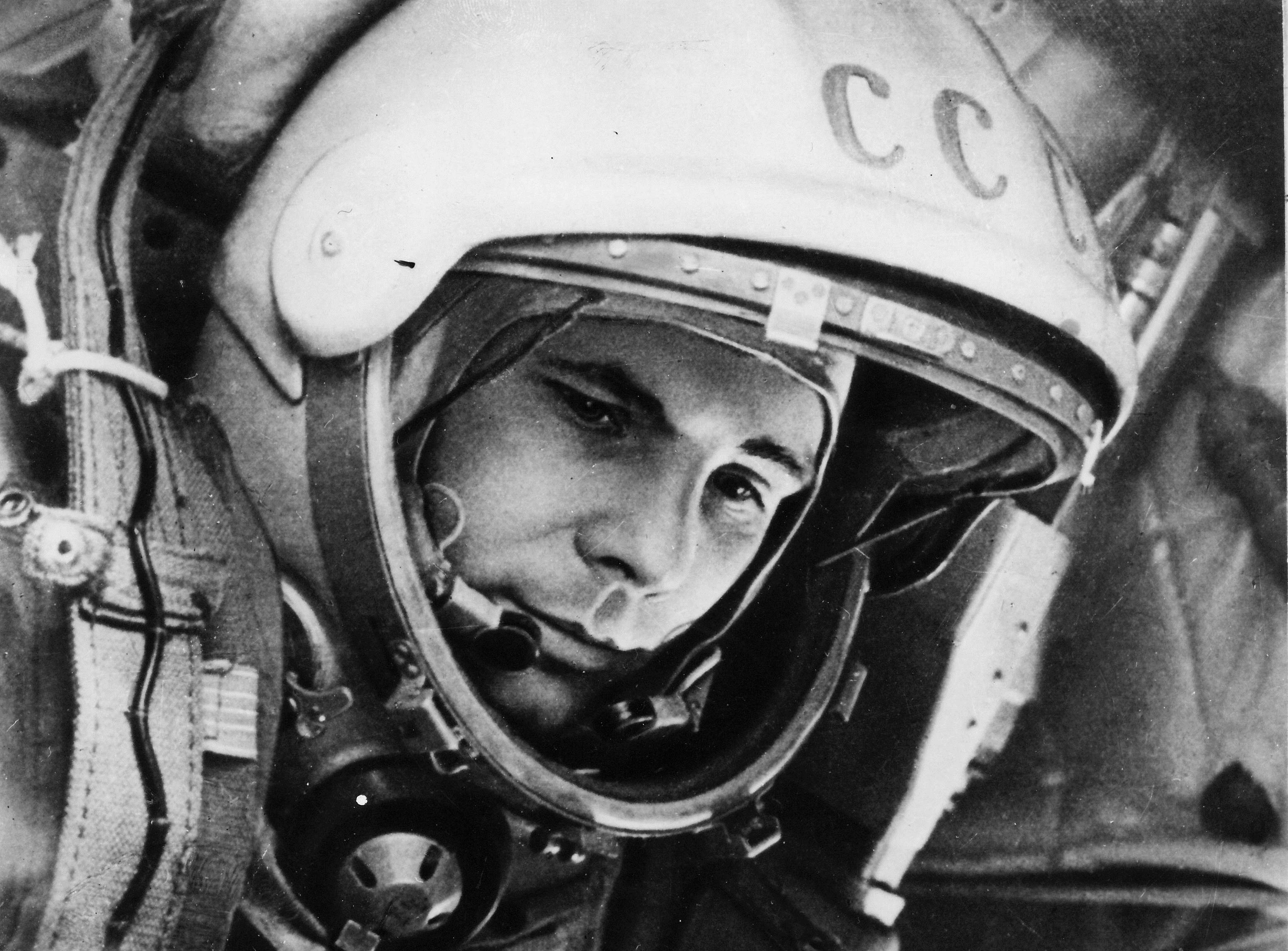 gagarin wallpaper -#main