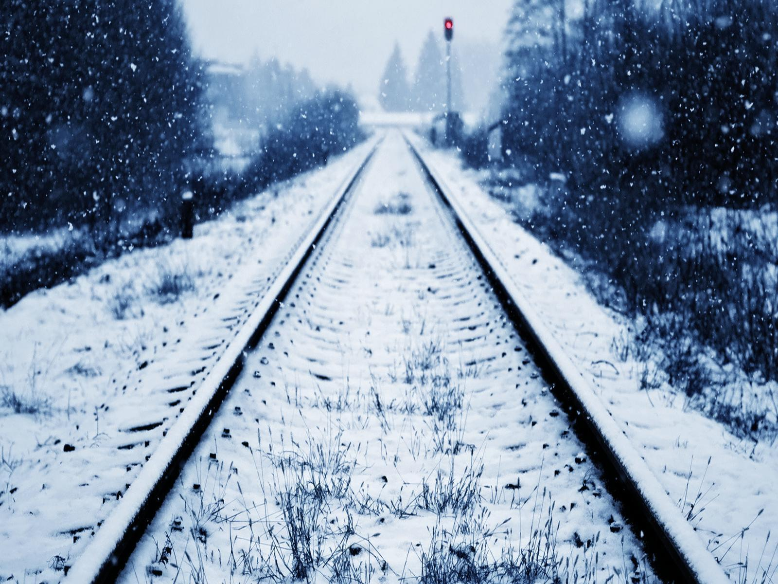 Rail Road On Snow Wallpapers Wide Wallpapers
