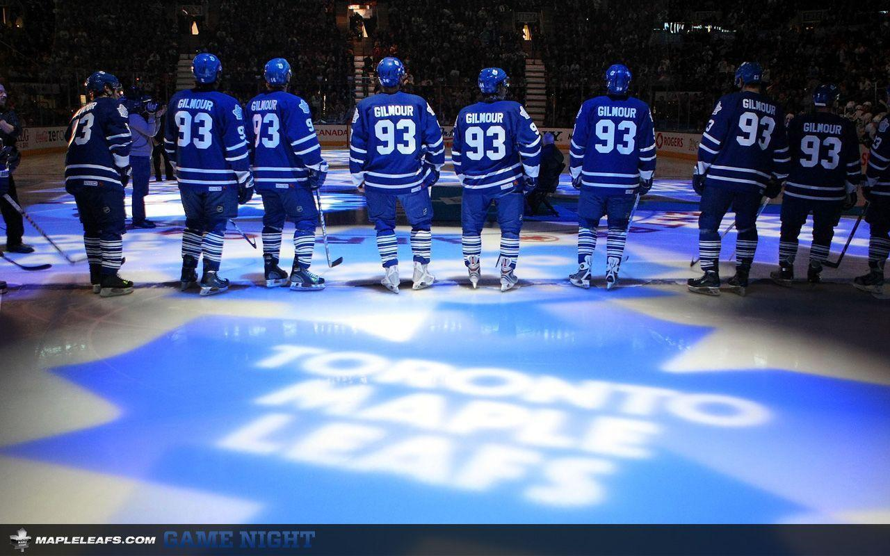 Maple Leafs Game Night Entertainment: Wallpapers