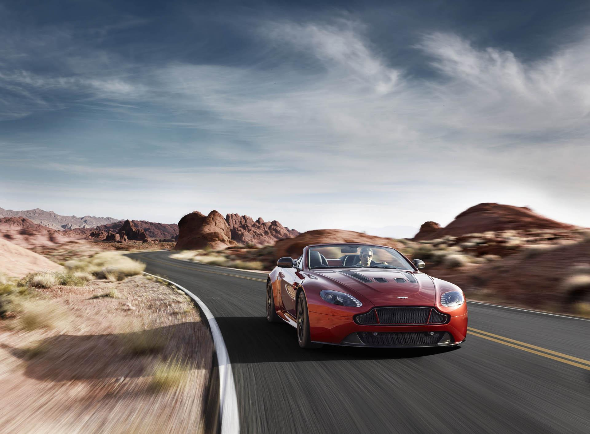 Aston Martin Vanquish 2015 Wallpapers