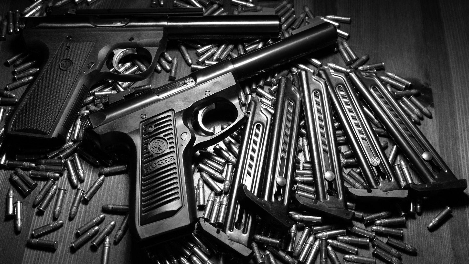 Beretta M92Fs Gun Wallpaper HD Download For Desktop