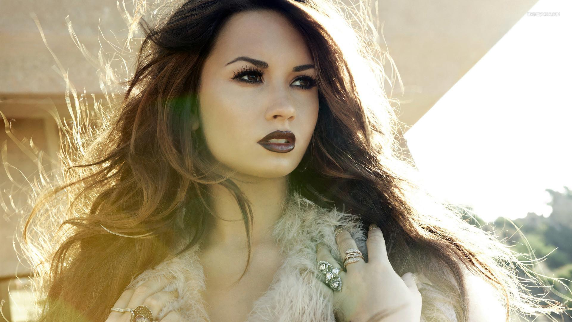 Demi Lovato Wallpapers HD 2016 - Wallpaper Cave