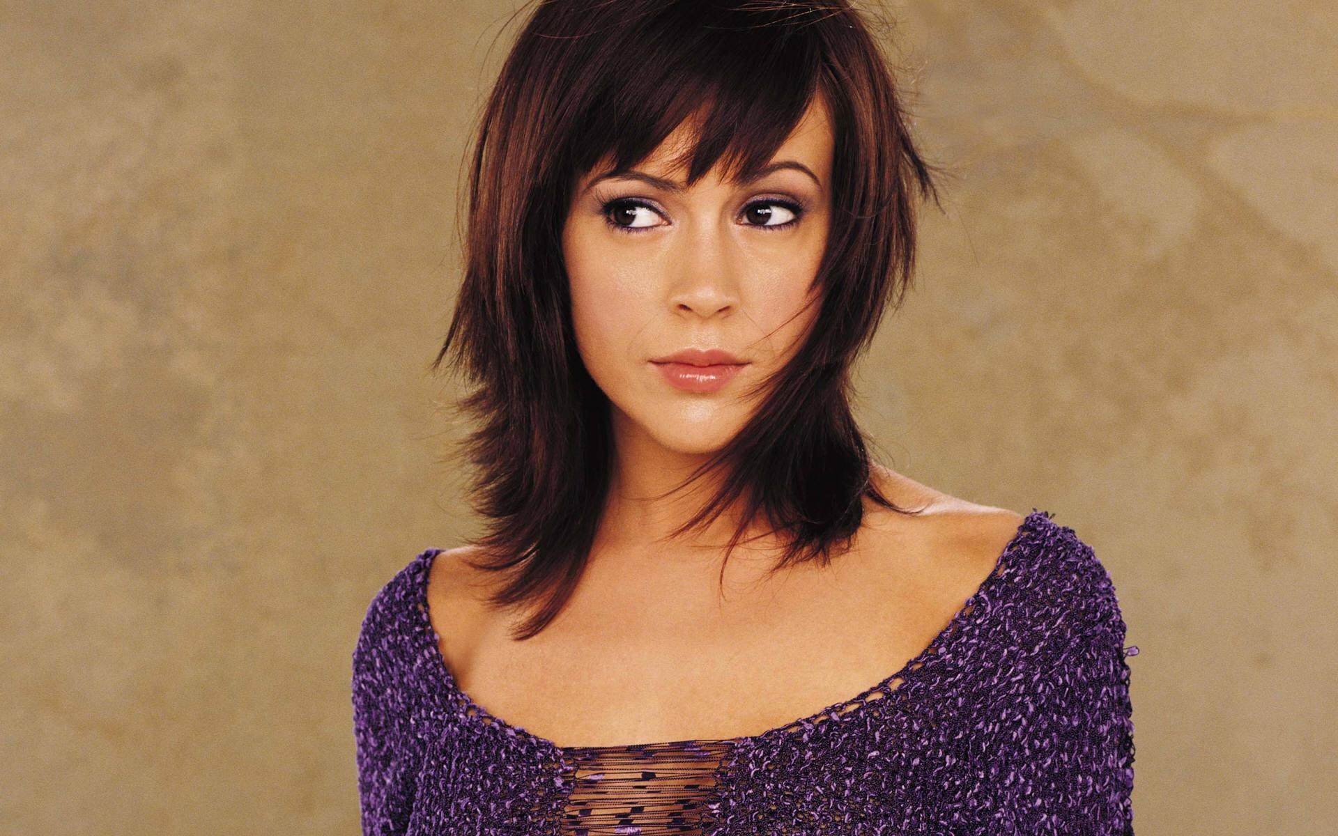 Free Wallpaper Free Star wallpaper Alyssa Milano wallpaper