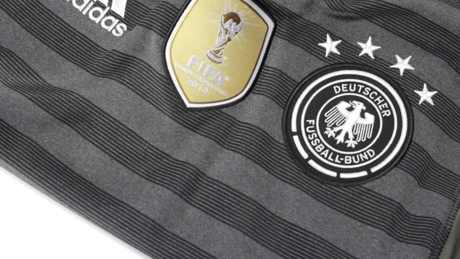ненастную обои на рабочий стол с символикой сборной германии по футболу этом