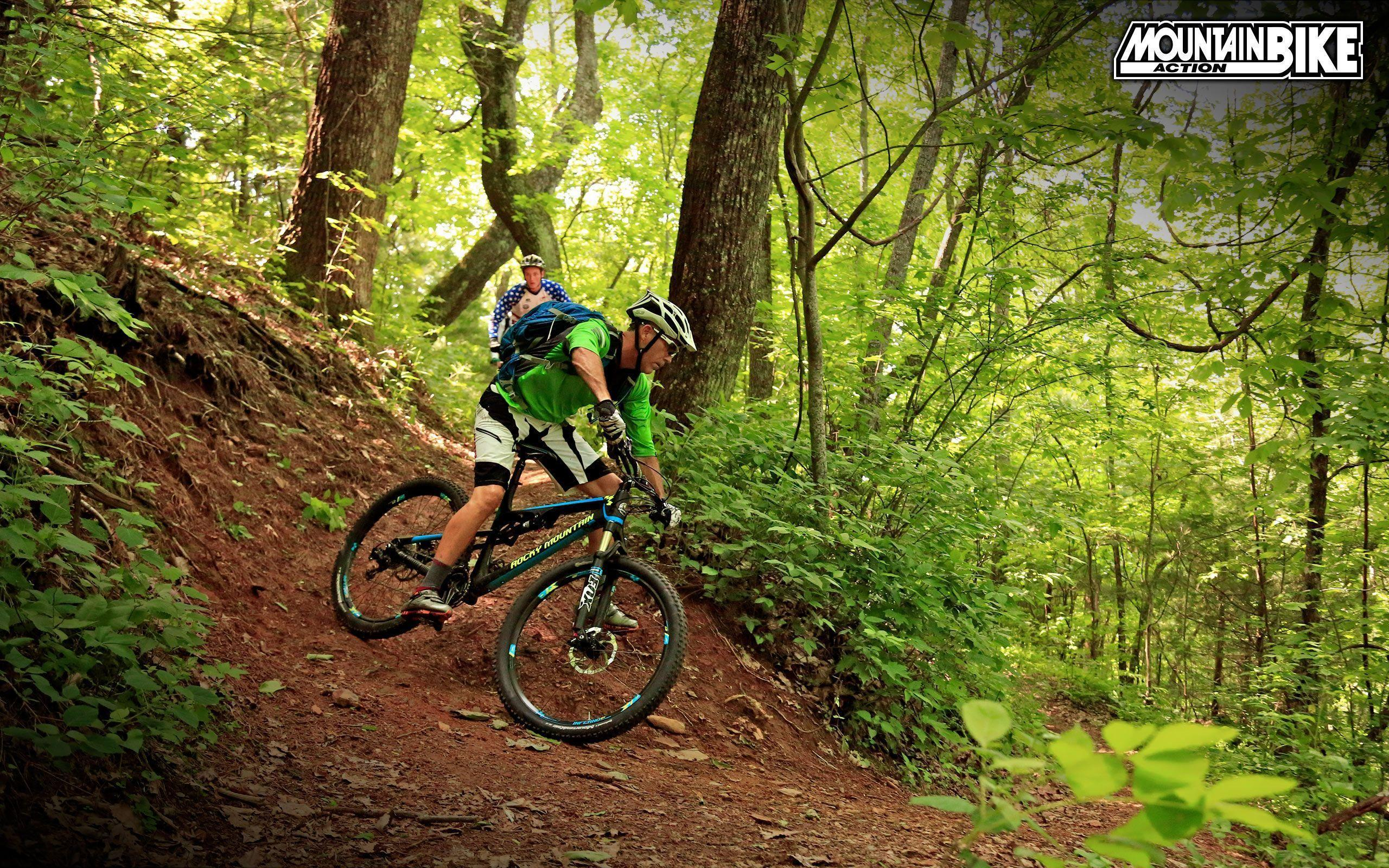 Mountain Road Bike Wallpapers: Dangerous Bike Stunt In 2016 HD Wallpapers I