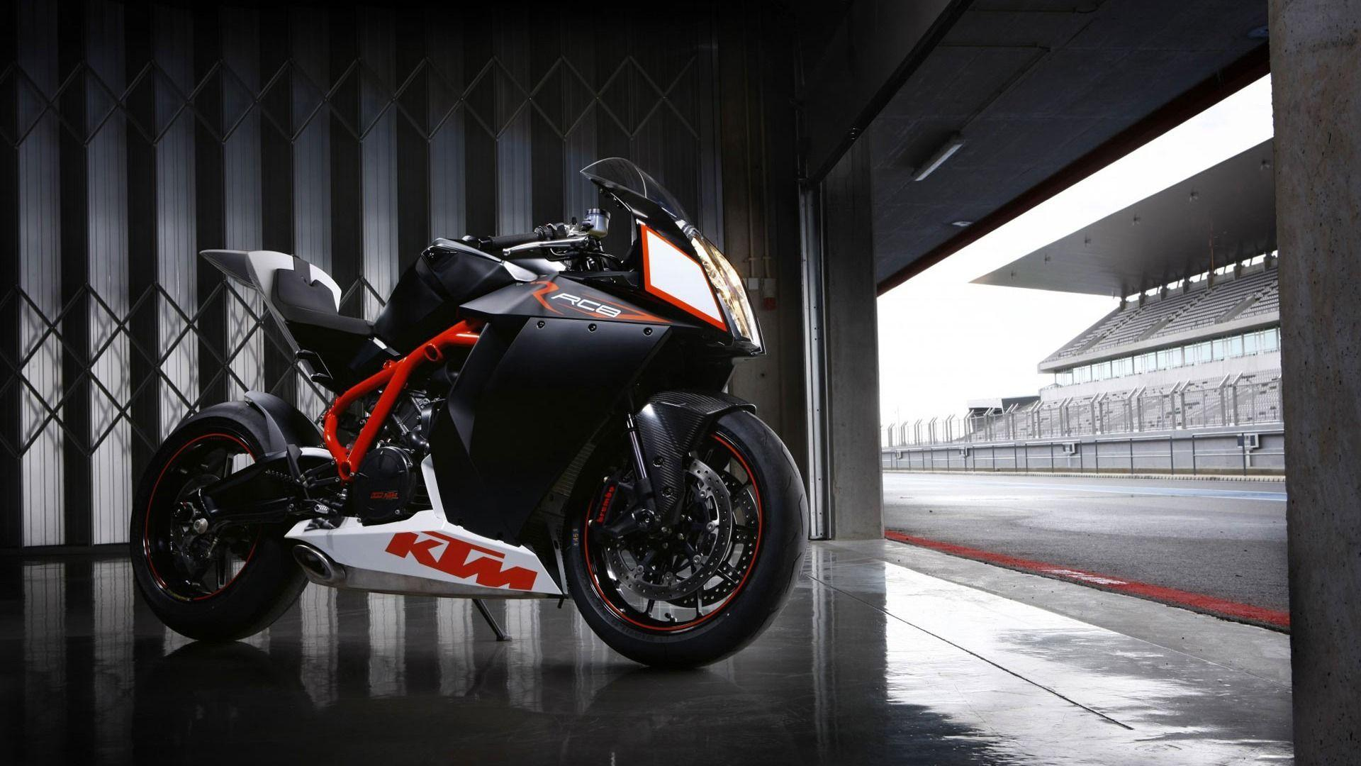 KTM RC8 2016 Wallpapers